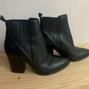 NEW Marc Fisher Black Leather Booties Size 6.5